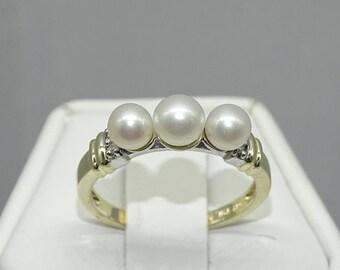 10K Pearl Diamond Ring