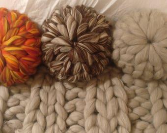 "18"" Jumbo Knit Wool Cushion"