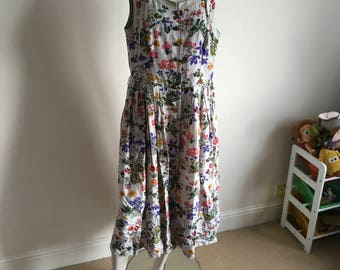 Vintage Wild Flower Gorgeous Print Midi Dress