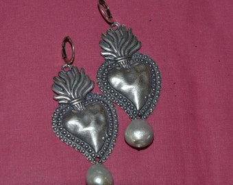 metal earrings heart shaped silver and gold tone