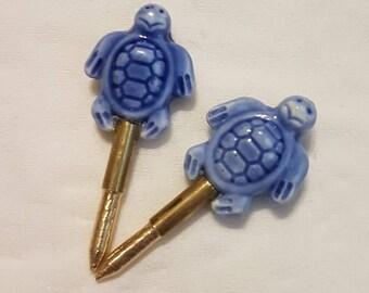 Glazed glass turtles