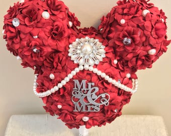 Mickey inspired bouquet. Mickey wedding. Bridal bouquet. Wedding bouquet. Rhinestone embellishment. Red roses. Mr.& Mrs. brooch.