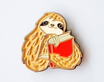 book pin / SLOTH PIN / enamel pin, book lovers pin, sloth brooch, reading enamel pin, sloth enamel pin book lover gift lapel pin bookish