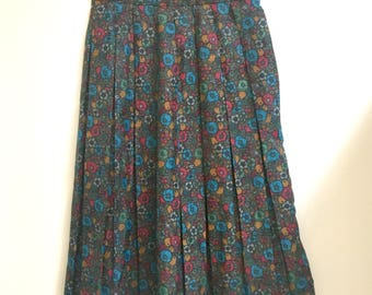 Petite pleated floral skirt xs