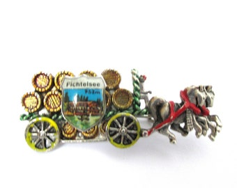 Beer Wagon Brooch Pin Vintage Oktoberfest Budweiser Hatpin Jewelry for Him Boyfriend Germany Hat Pin Beer Drinker Gifts Silver Metal Enamel