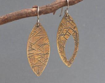 Asymmetrical Brass earrings, dangle, leaf, marquise, geometric, texture, industrial, hammered, oxidized, metalwork, artisan jewelry, metal