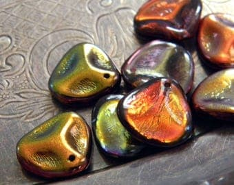 Appalachian Magic (10) -Czech Glass Rose Petals 14x13mm