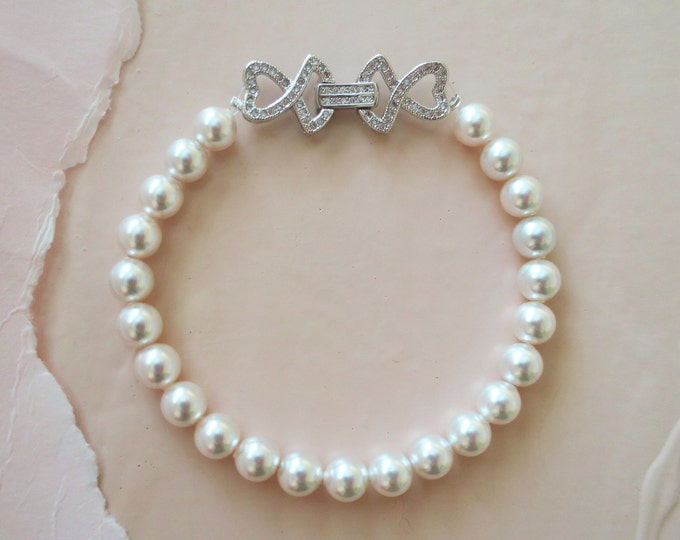 Pearl Bridal Bracelet in Vintage Style