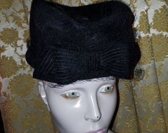 Vintage NOS 1940's 50's Ladies Black Wool Felt Hat w/Bow