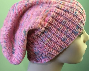 Knitted Slouch Hat, pink varigated