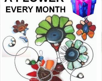 Say it With Flowers - A Stained Glass Suncatcher EVERY Month - Subscription for a YEAR