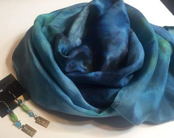 Hope and Peace Set Silk Infinity Circle Scarf  and Earrings
