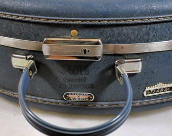 "Vintage American Tourister Blue Tiara 20"" Round Hat Train Hard Suitcase Luggage"