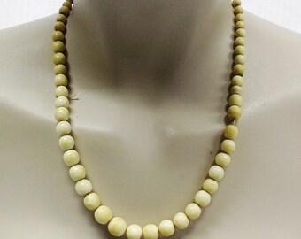1920s Vintage Bone Beaded Necklace