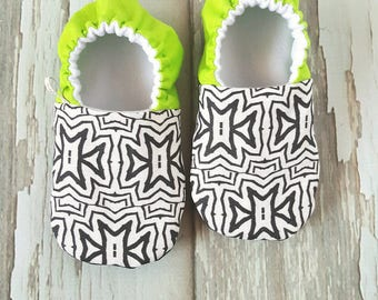 Neon Green Tribal Stars Baby Shoes / Baby Moccasins / Baby Moccs / Vegan Moccs / Vegan Moccasins / Soft Soled Shoes / Waldorf / Montessori