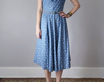 50s blue cotton bird print belted sundress dress (s - m)