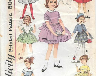 Simplicity 4058 1960s Girls 7 Day Wardrobe Dress Vintage Sewing Pattern Size 5 Full Skirt Apron