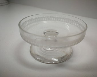 Pedestal Open Salt / clear glass salt cellar / etched salt dip / table decor / holiday / gift / Easter / Wedding