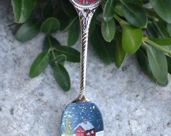 Souvenir Spoon/New Orleans/Louisiana/Hand Painted Spoon/Cottage/Winter Scene/Vintage Spoon