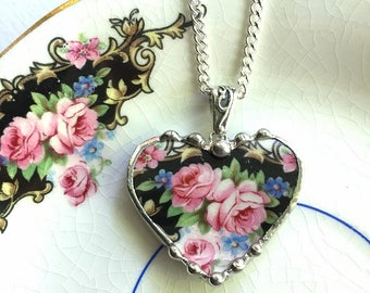 Broken china jewelry -  rose heart pendant - pink roses -  broken china jewelry heart pendant necklace