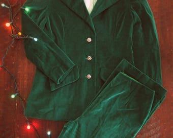 Vintage 70s green velvet suit / Holiday green Festive women's suit