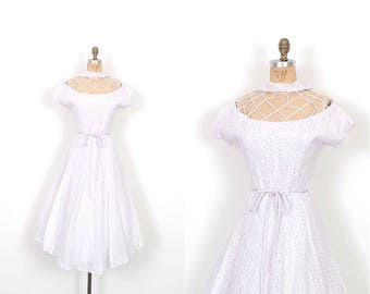 Vintage 1950s Dress / 50s Eyelet Cotton Dress with Cutout Neckline / Lavender ( medium M )