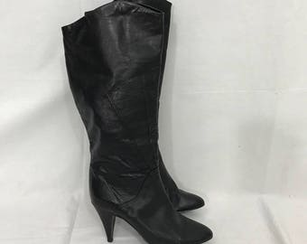 Vintage 1980s Soft Black Leather 6 1/2 Knee High Heeled  Boots