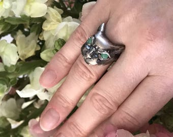 Hissing Angry Cat Ring in Sterling Silver with Chrysoprase Eyes