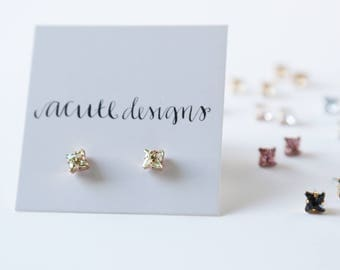 Shooting Star Sparkling Swarovski Studs - sparkle, under 30, bridesmaid gift, earring, post earring, star, minimalist, diamond, celestial