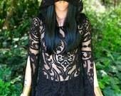 NOUVEAU: Le «Black Queen» tunique avec capuche en noir Baroque par des conceptions de lune opale (taille S-XXL)