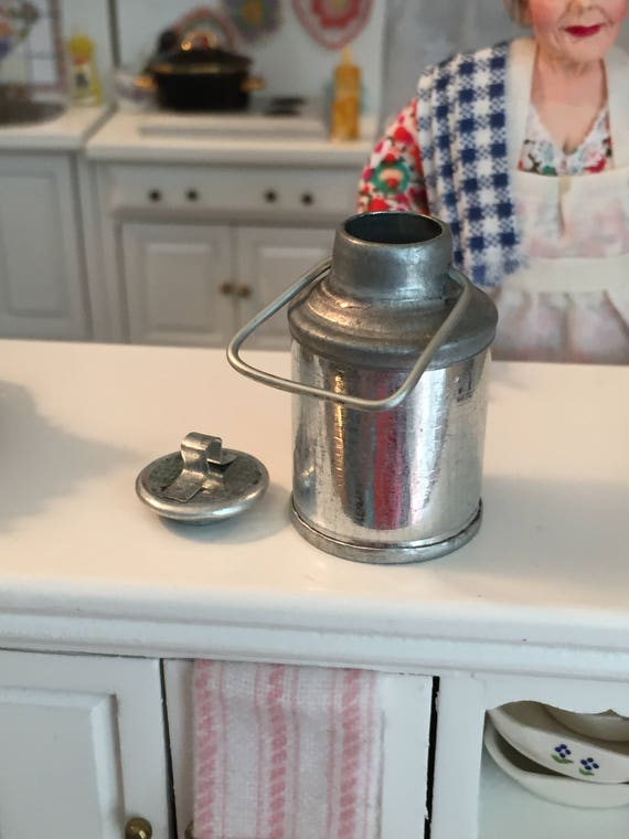 Miniature Tin Milk Can With Removable Lid, Vintage Look Milk Can, Dollhouse Miniature, 1:12 Scale, Mini Milk Can, Dollhouse Accessory, Decor