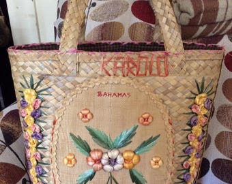 Vintage 1960s 1970s Tote HUGE Summer Straw Bahamas Souvenir Cellophane Straw Flowers