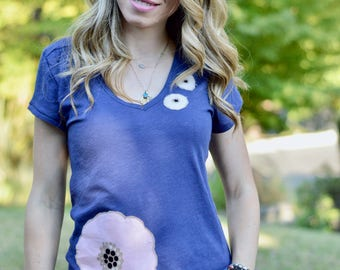 Floral tee, Womens shirt, Womens tee, aplique tee, aplique, flower top, applique t-shirt, tshirt