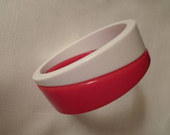 ART DECO BANGLE / Puzzle Bracelet / Lucite / Red & White / Striped / Layered / Laminated / Patriotic / Nautical / Retro / Jewelry Accessory