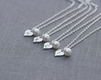 Bridesmaid Heart Necklace Initial, Personalized Bridesmaid Gift Set of 7, Pearl Bridesmaid Jewelry, Heart Personalized Necklace