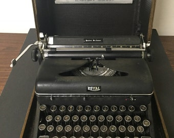 Vintage Portable Royal Typewriter with Carrying Case Black