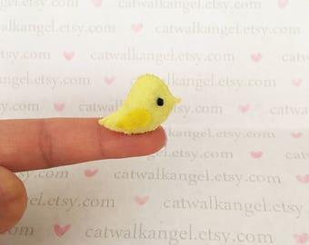 Felt Miniature - Felted Miniature bird - Felted bird- yellow felted miniature bird - bird miniature - tiny bird - felted yellow bird
