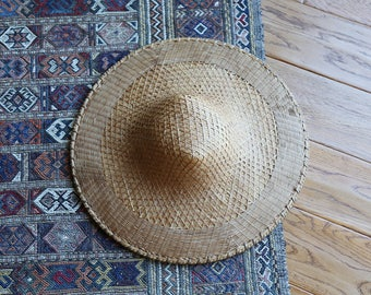 Vintage Woven Bamboo Chinese Sun Hat // Basket Wall Decor