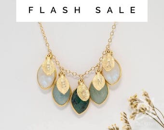 FLASH SALE - Customized Family Birthstone Necklace, Stamped Initial Necklace, Gift for Mom, Gift for Grandma, Family Necklace, Unique Gift,
