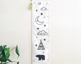 Personalized Growth chart - Kids wall hanging height chart - Custom canvas - Removeable - Adventure - Teepee Bear Sleepy Eyes Cloud Stars