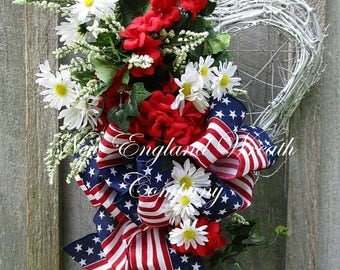 ON SALE Patriotic Wreath, Fourth of July Wreath, Summer Cottage Wreath, Elegant Patriotic Wreath, Flag Wreath, Patriotic Heart Wreath