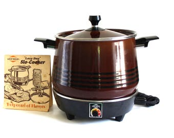 West Bend Lazy Day Slow Cooker 5225 Brown Round