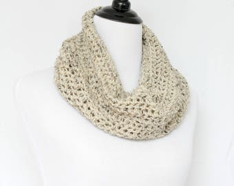 Chunky cowl, crochet cowl, infinity scarf, knit cowl, crochet neckwarmer, loop scarf, infinity loop, crochet scarf, beige cowl,