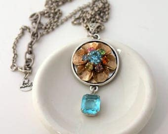 Flower Necklace, Recycled Jewelry, Bridal Necklace, Trendy Necklace, Upcycled Jewelry, Recycled Necklace, Pastel Necklace, Flower Jewelry