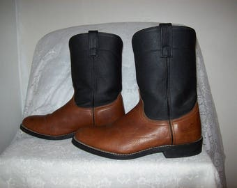 Vintage Men's Brown Leather Cowboy Boots by Laredo Size 10 1/2 WIDE Only 24 USD