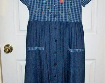 Vintage Ladies Blue Jean Denim Short Sleeve Dress by Bobbie Brooks Size Small 4-6 NOS Only 10 USD