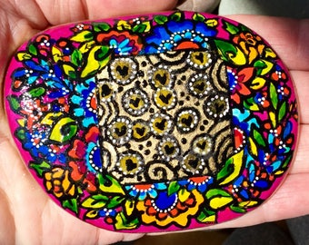 zen garden / painted rocks/ painted stones/ paperweights/ rock art/ boho art / hippie art / art for altars / meditation rocks / tiny art