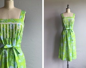 Vintage 70s Lilly Pulitzer Dress /  1970s Mod Floral Print Tent Sundress with Cotton Lace / The Lilly Lime Green Turquoise