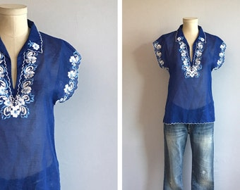 Vintage Embroidered Blouse / 70s Sheer Blue Flower Embroidery Summer Peasant Shirt Top