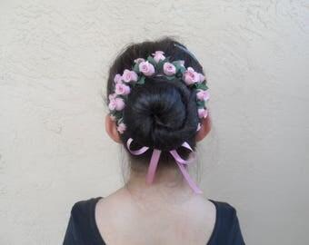 Medium Rosebuds Bun Crown, 24 Colors, Flower Bun Wrap, Bun Wrap, Ballet Headpiece, Flower Bun Crown, Bun Maker, Flower Girl